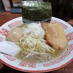 115849487 - 【(限定) 淡麗中華ソバ + 半熟味付け煮玉子】¥800 + ¥100