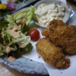阿波水産 - 牡蠣フライ