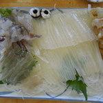 白扇 - 生きイカの刺身