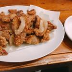 下北グレイヴィ餃子 - 揚げレバー 椒塩 390円
