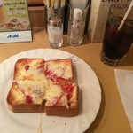 115856709 - ハムチーズトーストモーニング 380円