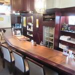 レストラン 西洋軒 - 歴史を感じる店内
