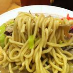 11586702 - 麺も野菜もヤワヤワで、溶け出た澱粉質も粘度の内かもしれません(^_^;)