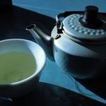 食堂SS - お茶。やかんがカワイイ。