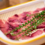 泉の鯉 - 料理写真:2019.9 鯉の刺身 鯉コク付(1人前 1,320円)