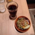 木村スパゲティ - ランチのドリンクとサラダ