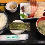 いくら亭 - 刺身定食A(1,180円)