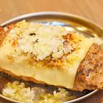 音鶏家 - つくね(塩+チーズトッピング)