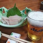 赤兎馬 - 都会では食えない太刀魚の刺身(^o^)/