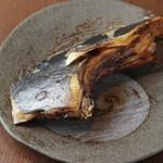 酒と魚菜 さかもと - まぐろかま塩焼