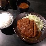 黒豚屋 らむちぃ - ミンチカツ定食  680円