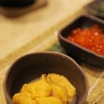 ホテル アイランド・イン・リシリ - 料理写真:特注のウニ