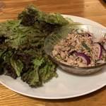 パサタイ - レモングラスと豚挽き肉のさっぱりレタス巻き(ヤム・ムー・タクライ)