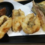 天ぷらさいとう - 鱧と夏野菜の天ぷら