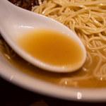麺屋すみす半蔵門 - スープ