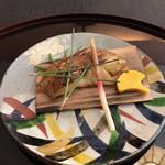 弁慶 - 喉黒の杉板焼き