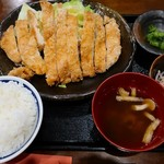 いいやま食事処 あたご亭 - 料理写真:山賊焼定食(1058円)