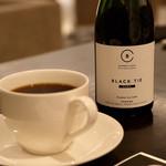BARNEYS CAFE BY MI CAFETO - ブラック タイ ダーク