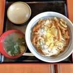 山田うどん - 料理写真:かき揚げ丼 480円