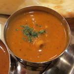 11592193 - 日替りカレー(豆とチキンのカレー)