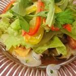 レストラン クレール - タコのガリシア風やと思う(⌒-⌒; )あれ?地中海風サラダやったかな?