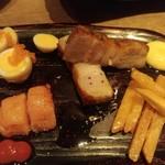 焼き鳥×燻製×日本酒 kmuri-ya - 焼豚・うずらなどの燻製