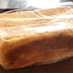 詩とパンと珈琲 モンクール -