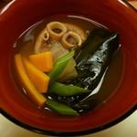 月桃庵 - ヌチグスイ イラブー汁