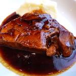 欧風小皿料理 沢村 - 豚肩ロースの黒ビール煮込み