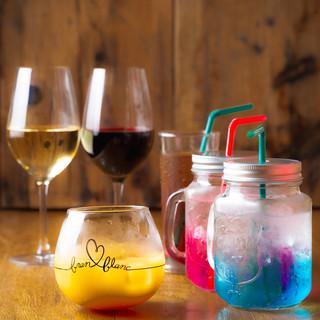【豊富なカクテル】ボトルワインもご用意しております!