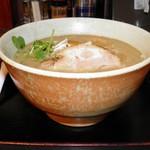 味噌ラーメン はちべえ - 料理写真:煮干し味噌ラーメン 750円