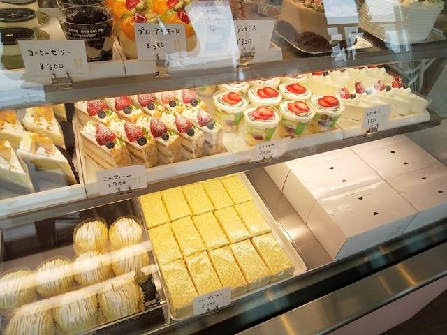 オカダ パティスリー 関西みやげを変える、至福のスイーツ専門ショップ。新大阪駅に「Sweets PATIO」12/17(木)オープン! 東海キヨスク株式会社のプレスリリース