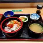 115965515 - 海鮮丼定食