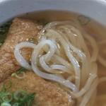 高浜や - アップ。麺は豊前裏打会特有の細めで、半透明の麺。美味しいです。