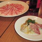 天香回味 東銀座店 - 前菜としゃぶしゃぶ用の豚肉