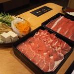115971659 - 野菜&ラム肉&熟成牛ロース