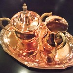 カフェ・ド・巴里 - 砂糖とミルク