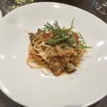 ビストロ・ラ・カシェット - 鹿肉のトマトソースパスタ