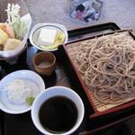 手づくりの郷 天下野 - 「KEGANO蕎麦 ¥800」
