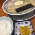 明龍軒 - ラーメン大と、ご飯