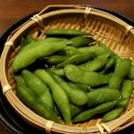 酒肴どころ しんとみ - 枝豆