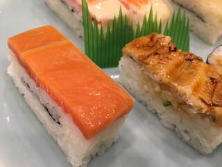 神田志乃多寿司 - 鮭と穴子