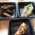 魚と肴 とおるの台所 - 小鉢三種