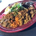 農珈屋 - お皿はル・クルーゼ