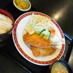 パティオ - 料理写真:いわしフライ定食(1080円)です。