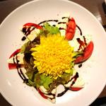116036163 - 完熟トマトとチーズのカプレーゼ