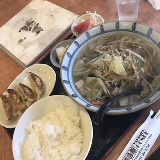 焼肉 権兵衛 - 料理写真:タンメンプラス餃子セット