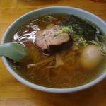 平塚ラーメン - 煮たまごラーメン