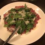 肉とワイン Bistro 2983 - A5 和牛のカルパッチョ  1280円
