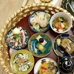 自家製ソーセージバル 先斗町ビアホール - おばんざい7種